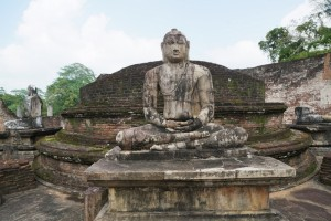Sacred Quadrangle, Polonnaruwa